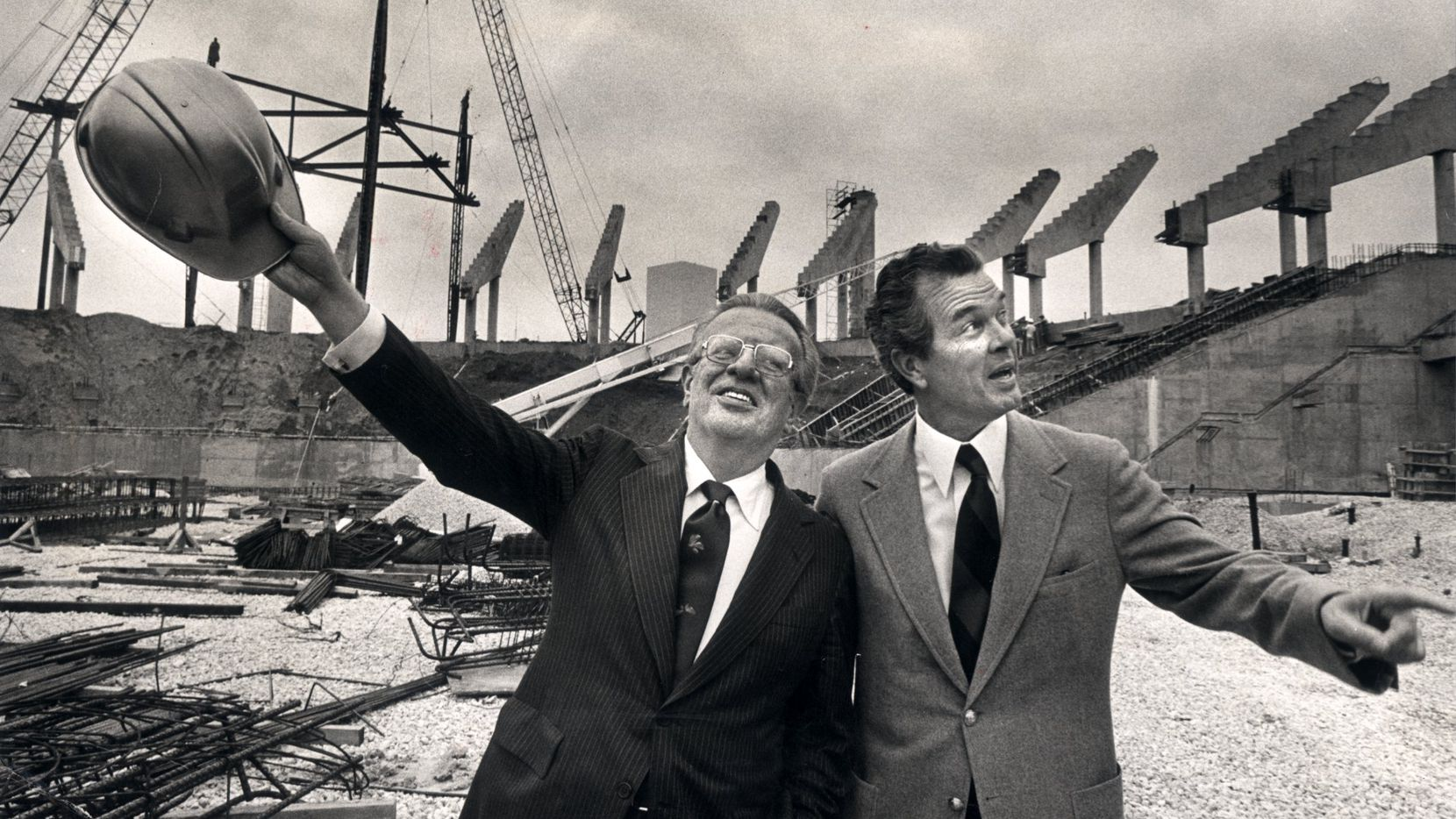 Circa 1979 - Mayor Folsom, (right) with NBA commissioner Larry O'Brien on the site of Reunion Arena.
