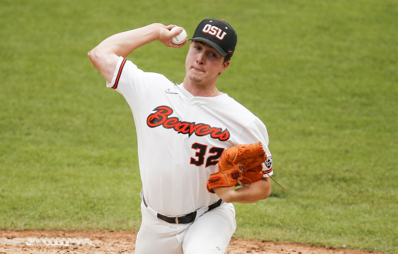 Oregon St. relief pitcher Mitchell Verburg (32) throws in the fifth inning during the NCAA Fort Worth Regional baseball tournament against DBU at TCU's Lupton Stadium in Fort Worth, Friday, June 4, 2021. Dallas Baptist won 6-5. (Brandon Wade/Special Contributor)