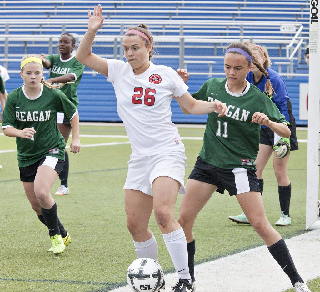 Coppell's Tori Teffeteller (26), pictured during a state semifinal against San Antonio Reagan in 2015, is the top goal scorer for a team that's ranked No. 2 in the nation.