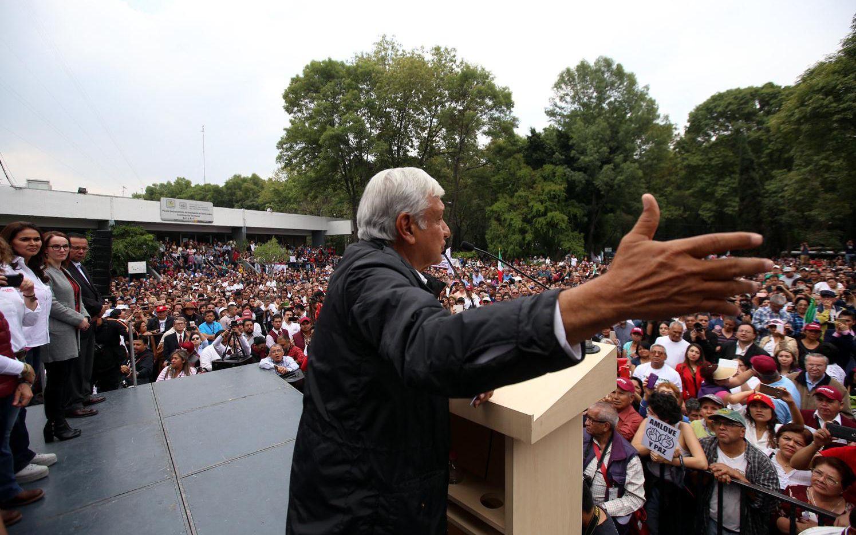 El candidato de Morena, Andrés Manuel López Obrador, sigue en la delantera en las encuestas de intención de voto en México.(AGENCIA REFORMA)