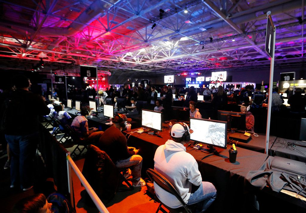 Gamers play Call of Duty at the Call of Duty World League tournament at the Dallas Convention Center in Dallas, on Friday, December 8, 2017.