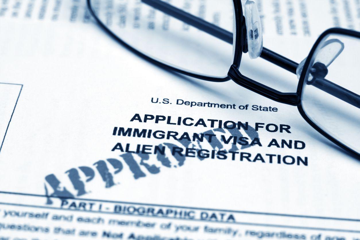 La solicitud de visa para un inmigrante en Estados Unidos.