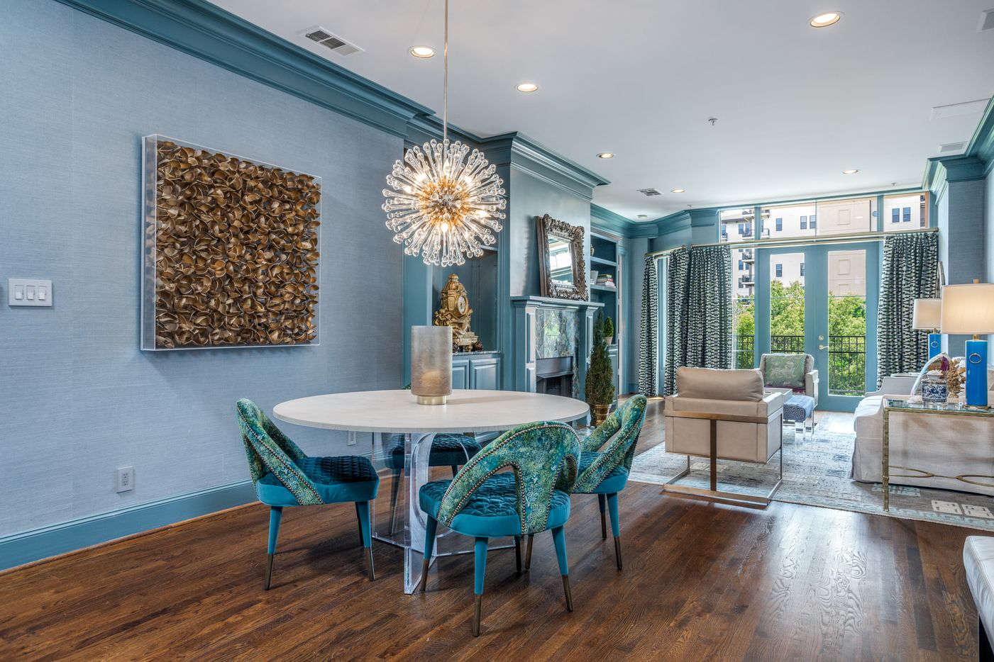 Take a look inside this colorful condo at 3535 Gillespie St. No. 306 in Dallas.