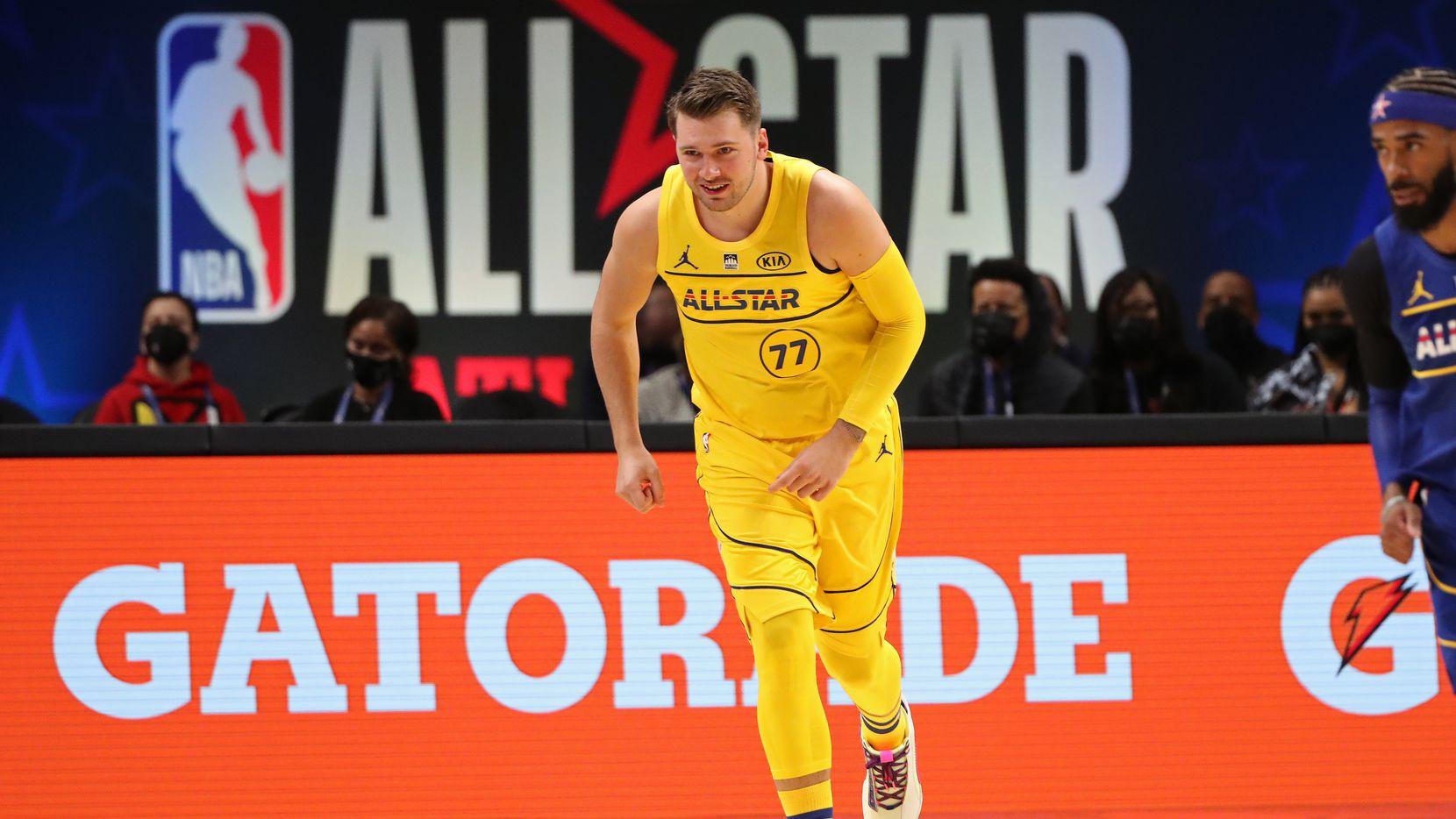Luka Doncic fue parte del equipo de LeBron James en el Juego de Estrellas de la NBA, el 7 de marzo de 2021 en Atlanta.