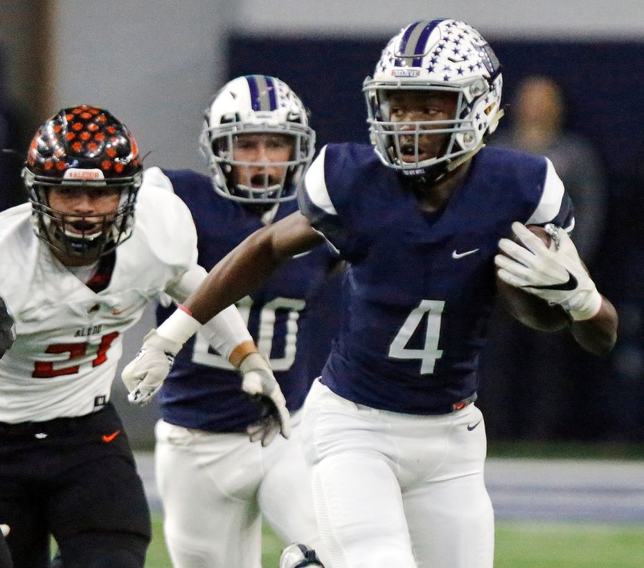 Richland High School wide receiver Rashee Rice (4) gets a big gain during the first quarter as Richland High School hosted Aledo High School in a 5A Division II, Region I final playoff game at The Ford Center at The Star in Frisco on Saturday, December 9, 2017. (Stewart F. House/Special Contributor)