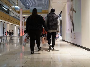 Shoppers at The Galleria in Dallas, Texas on Friday, November 29, 2019.  (Lawrence Jenkins/Special Contributor)