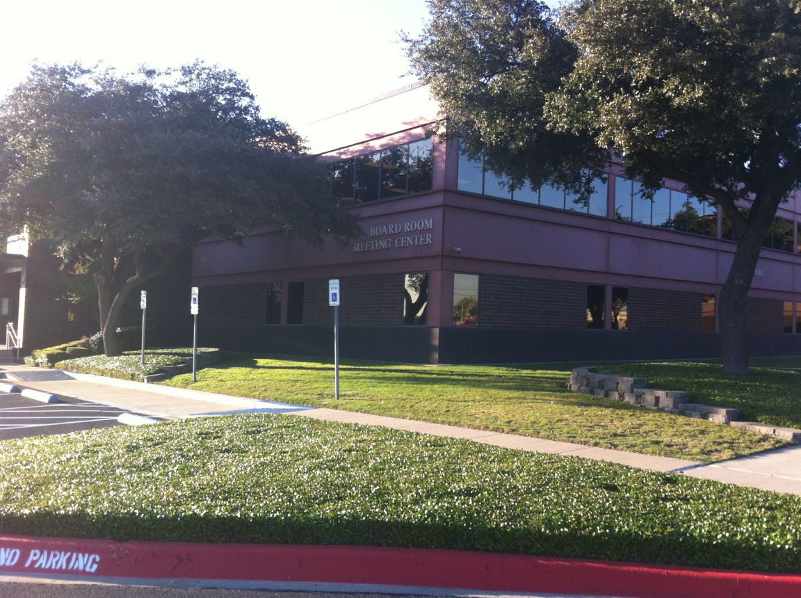 After testimony and discussion last week to reconsider their September vote to delay a swimming facility, Garland ISD board members met for two more hours in special session  Monday morning, the day the bid expires. With the contract denied by 4-3 vote, the facility will not be built before 2019, Superintendent Bob Morrison said.