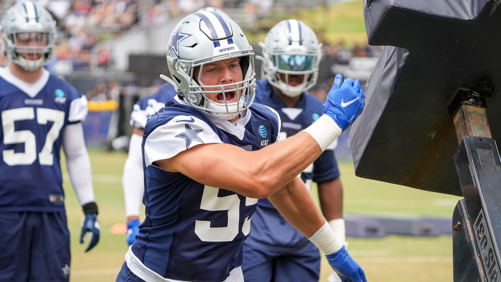 Dallas Cowboys linebacker Leighton Vander Esch (55) runs a drill during a practice at training camp on Tuesday, July 27, 2021, in Oxnard, Calif. (Smiley N. Pool/The Dallas Morning News)