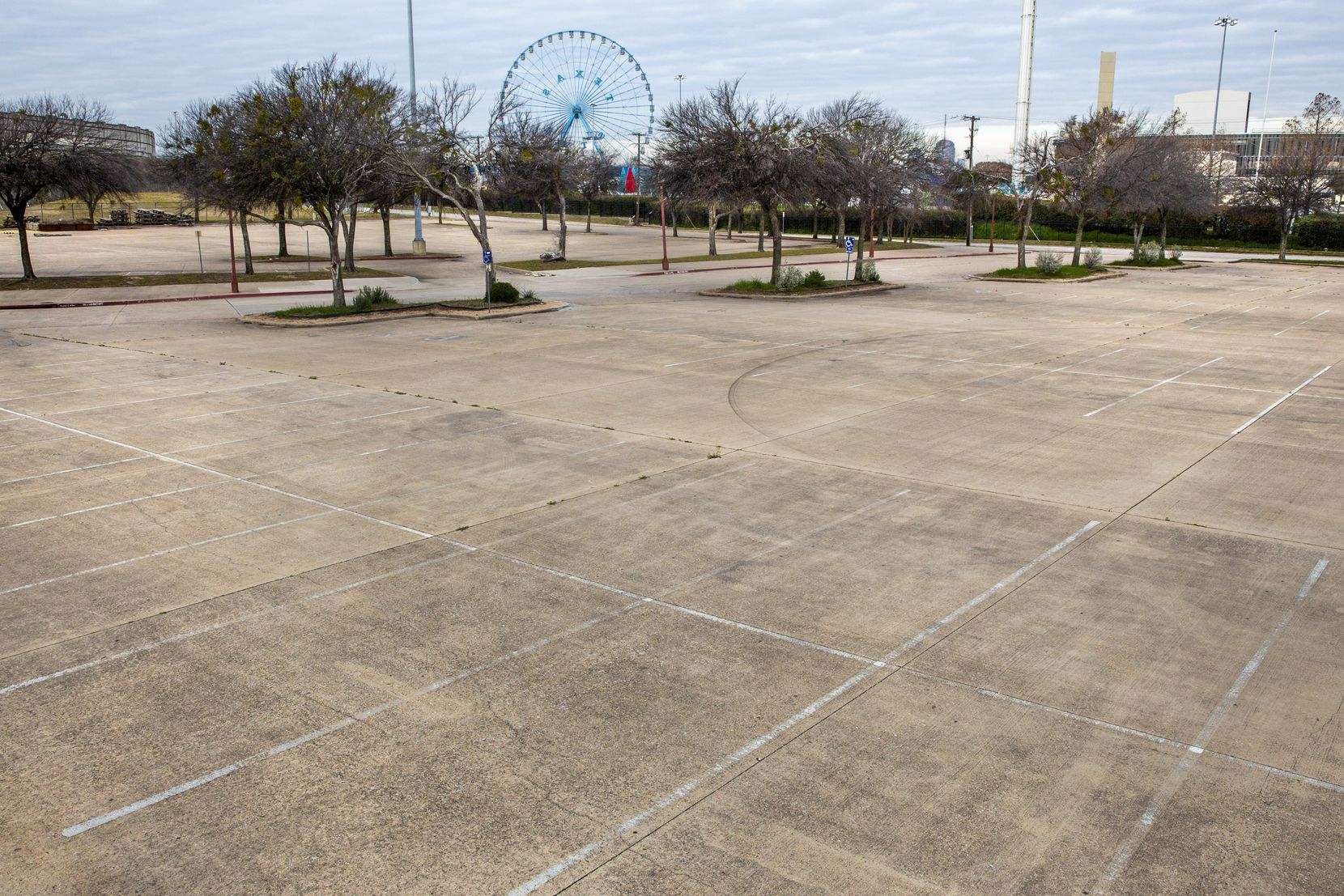 The massive parking lots at the Fitzhugh Avenue end of Fair Park is the site selected for the 14-acre Community Park.