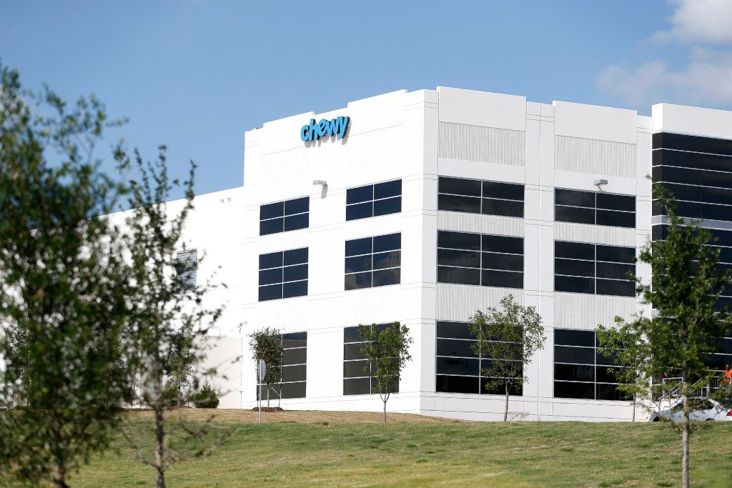 Chewy's in the Mountain Creek Business Park in Dallas on April 18, 2017. (Nathan Hunsinger/The Dallas Morning News)