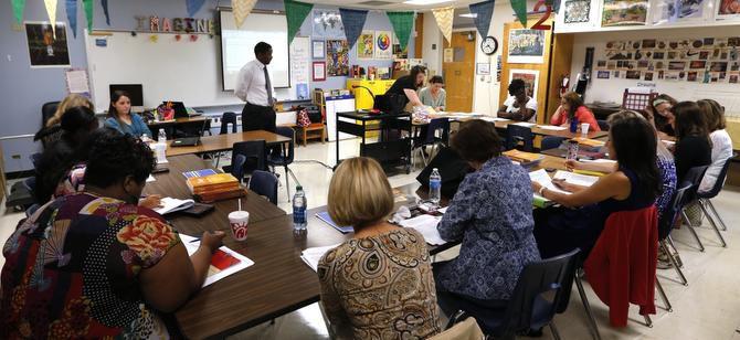 El DISD prepara un plan de instrucción individual para sus alumnos, pero todavía no cuenta con los fondos para implementarlo. (DMN/DAVID WOO)