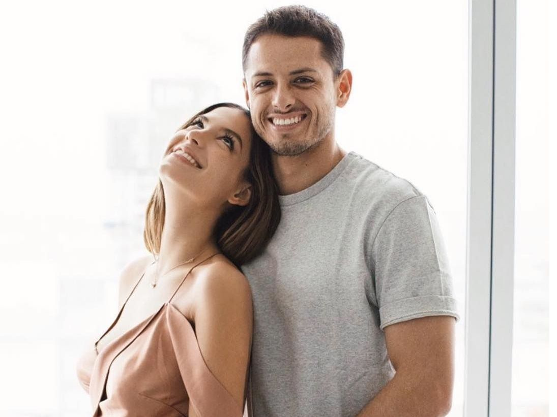"La modelo australiana Sarah Kohan y Javier ""Chicharito"" Hernández se casaron en secreto en marzo de 2019."
