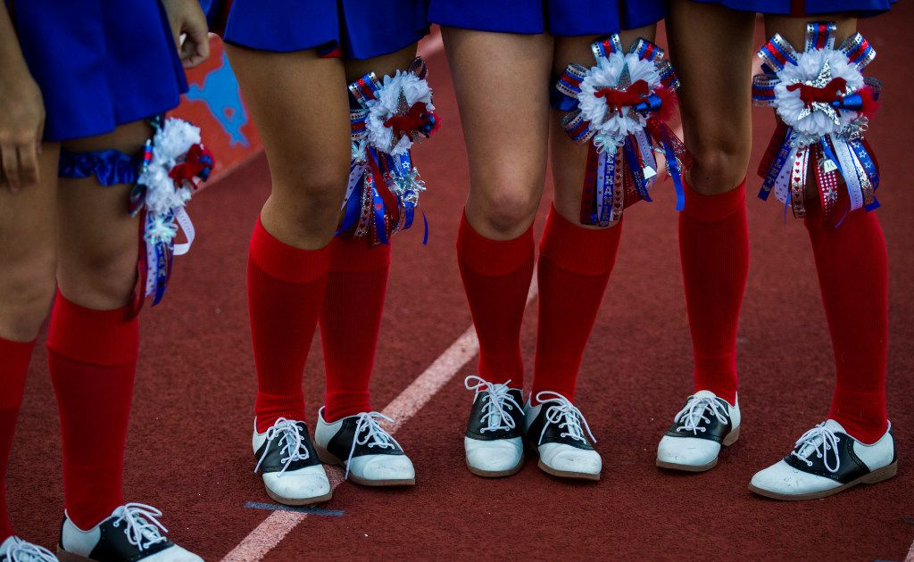 What S The Deal With Those Ridonkulously Huge Texas Homecoming Mums