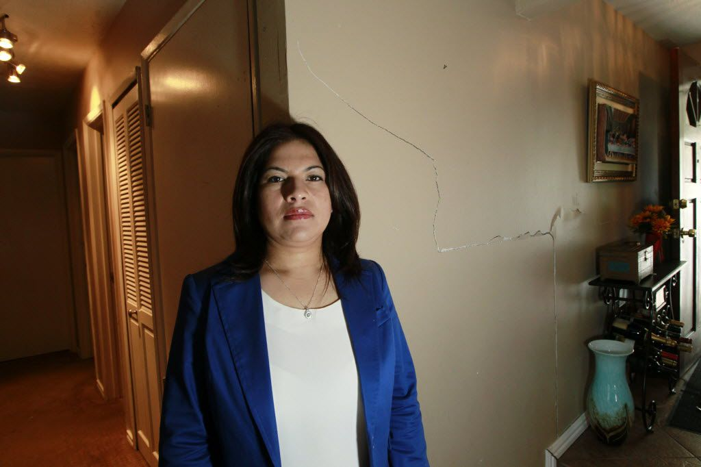 Maria Cazares is one of more than 200 plaintiffs claiming the LBJ Express project ruined her home. (David Woo/Staff photographer)