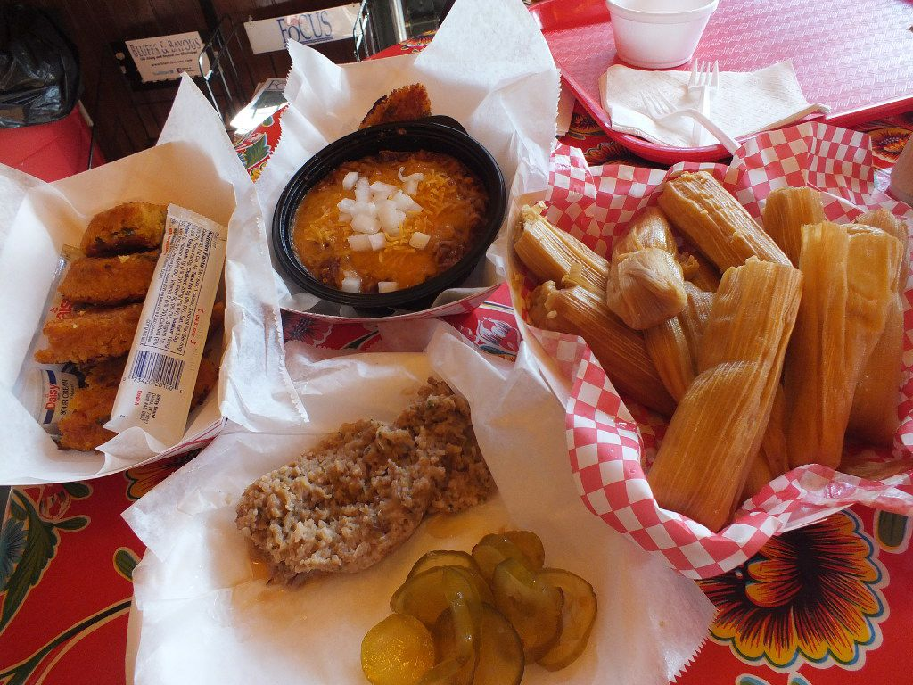At Fat Mama s in Natchez, people who ve yet to try the local  cuisine are encouraged to try a variety of menu items,  including tamales, a southern-style sausage, chili and cornbread.
