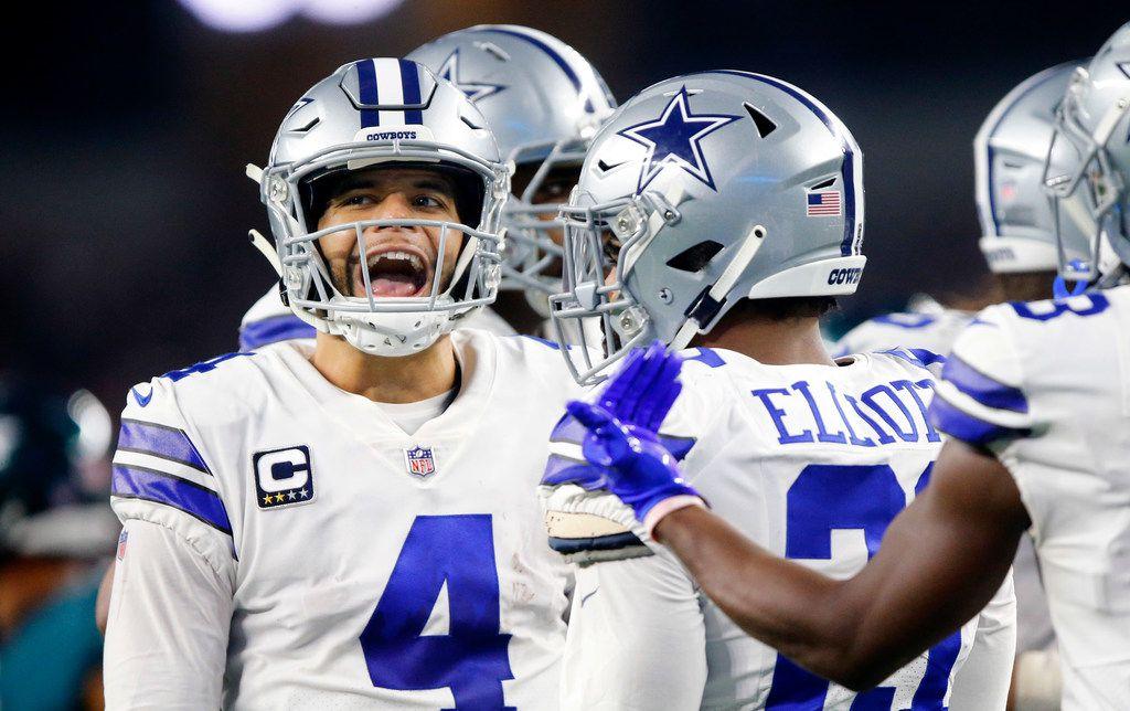 Dallas Cowboys quarterback Dak Prescott (4) keeps his team fired up in the huddle during the third quarter against the Philadelphia Eagles at AT&T Stadium in Arlington, Texas, Sunday, December 9, 2018. (Tom Fox/The Dallas Morning News)