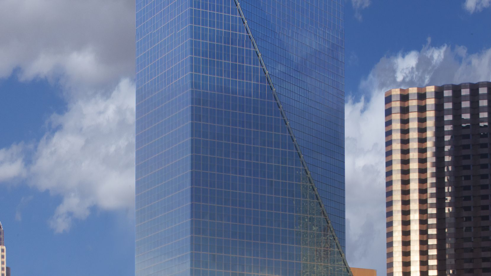Tenet Healthcare is seeking to sublease nine floors in the tower.