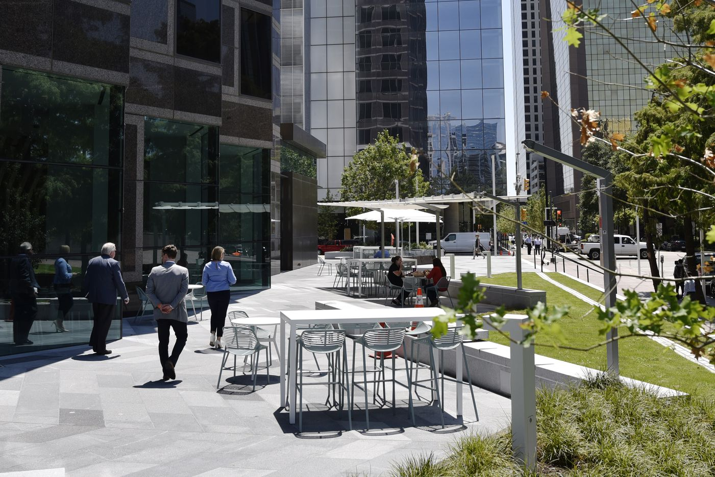 Outside eating and lounge space at the newly updated Trammell Crow Center in downtown Dallas.