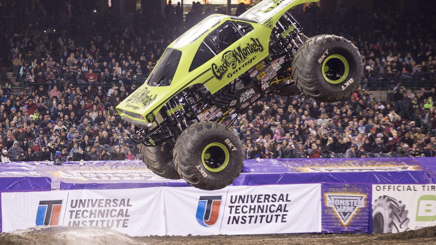 Don T Get Monster Trucks The Dude Who Drives The Gas Monkey Truck Dares You To Not Like Monster Jam