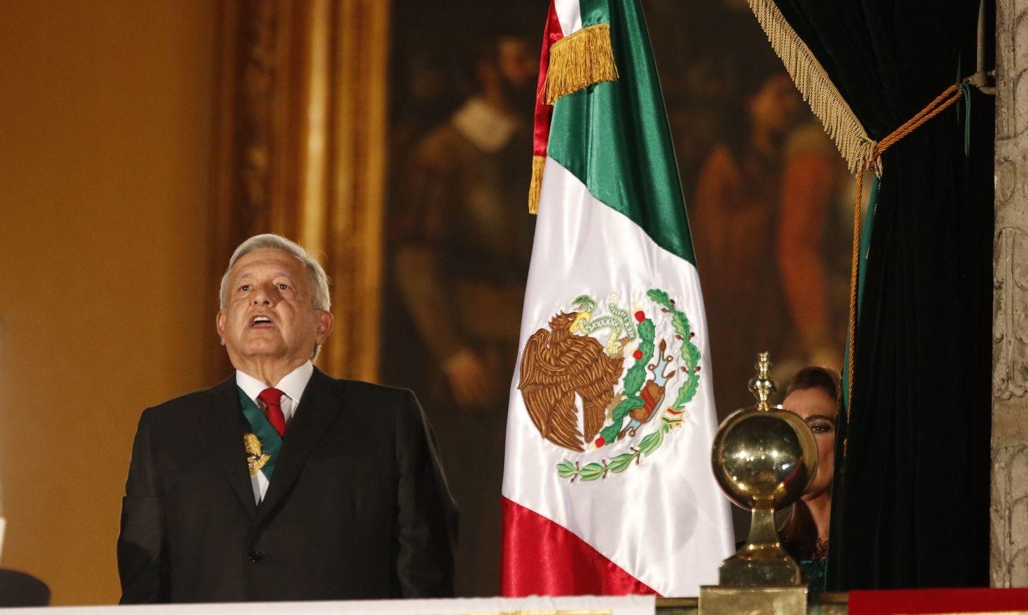El presidente de México, Andrés Manuel López Obrador celebró la ceremonia de EL Grito, el 15 de septiembre de 2019, en Palacio Nacional de la Ciudad de México.