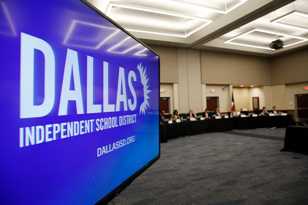 Board members gathered during a Dallas ISD board meeting on Dec. 13, 2018.