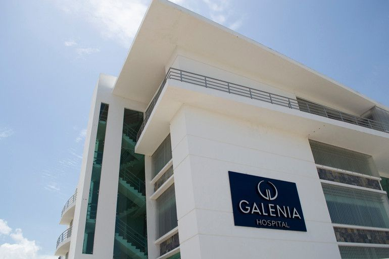 A knee replacement surgery costs an average of about $30,000 at U.S. hospitals but only $12,000 at Galenia Hospital in Cancun, Mexico. (Rocco Saint-Mleux for Kaiser Health News)