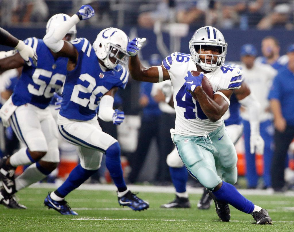 Dallas Cowboys running back Alfred Morris (46) runs up the field during the first half of a preseason game against the Indianapolis Colts at AT&T Stadium in Arlington on Saturday, August 19, 2017. (Vernon Bryant/The Dallas Morning News)