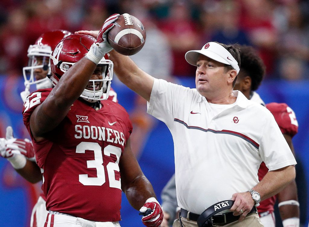Bob Stoops on playoff expansion: 'I'd hate to see ...