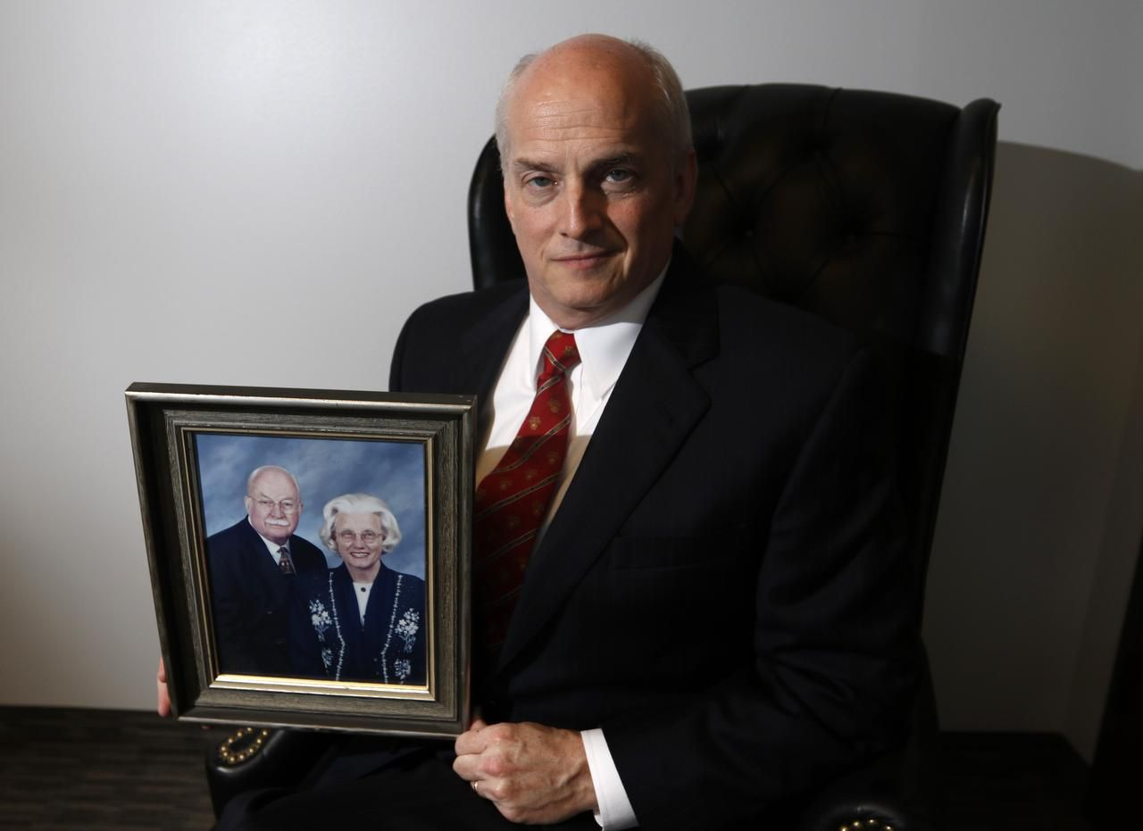 "Tom Murphy, a Dallas certified financial planner, said, ""When my mother was about 65 years old, she began giving money to anyone who asked, including those who just knocked on the door."" She was later diagnosed with Alzheimer's disease."