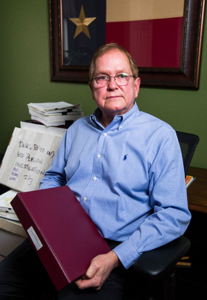 Forensic accountant Sandy Alexander reviewed Jeremiah Quarles' spending records for The News. (Ashley Landis/The Dallas Morning News)