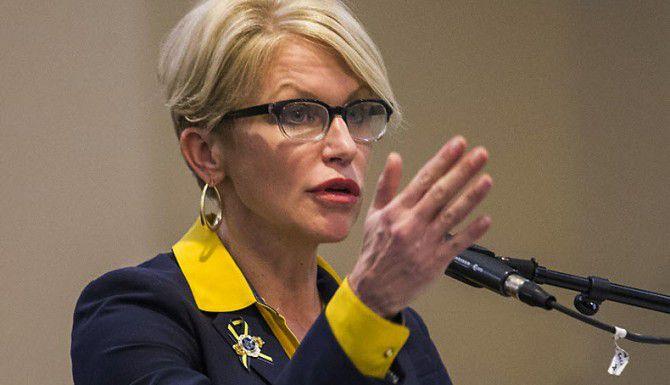 La fiscal de distrito del condado de Dallas Susan Hawk. (DMN/ARCHIVO)