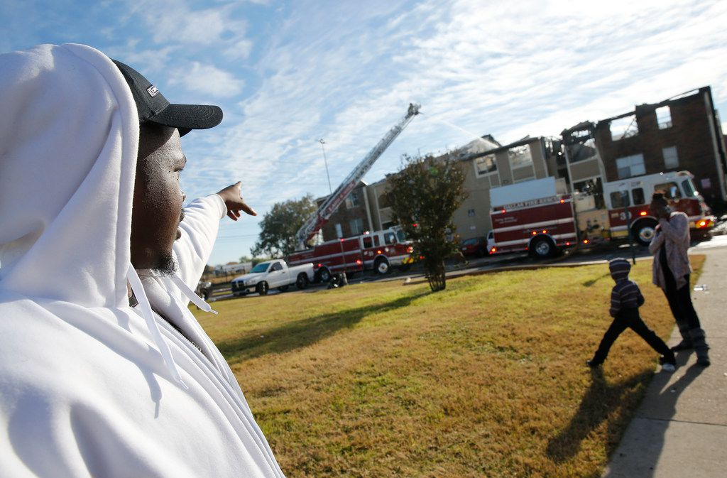Courtney Turner talked about an apartment fire at the intersection of Interstate 635 and Ferguson Road in Dallas on Nov. 21, 2018.