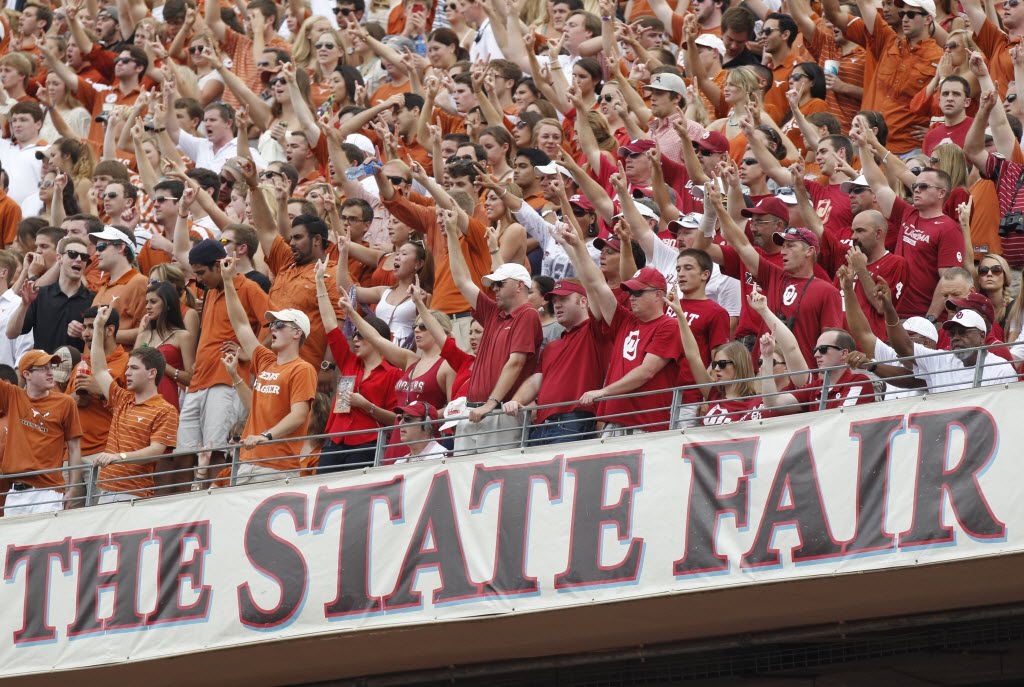 Texas Longhorns  and Oklahoma Sooners fans at the Red River Rivalry game between Texas and Oklahoma, at Fair Park in Dallas, Texas on October 12, 2013. (Michael Ainsworth/The Dallas Morning News) State Fair of Texas 10102014xSPORTS