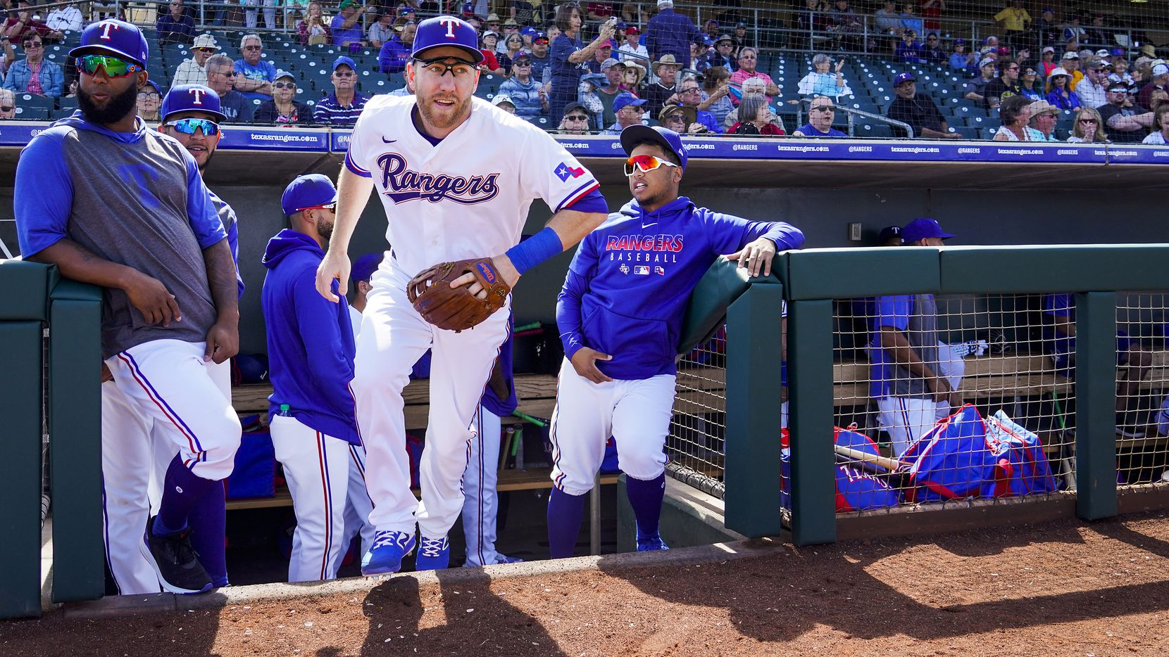 Texas Rangers third baseman Todd Frazier takes the field for a spring training game against the Chicago Cubs at Surprise Stadium on Thursday, Feb. 27, 2020, in Surprise, Ariz.