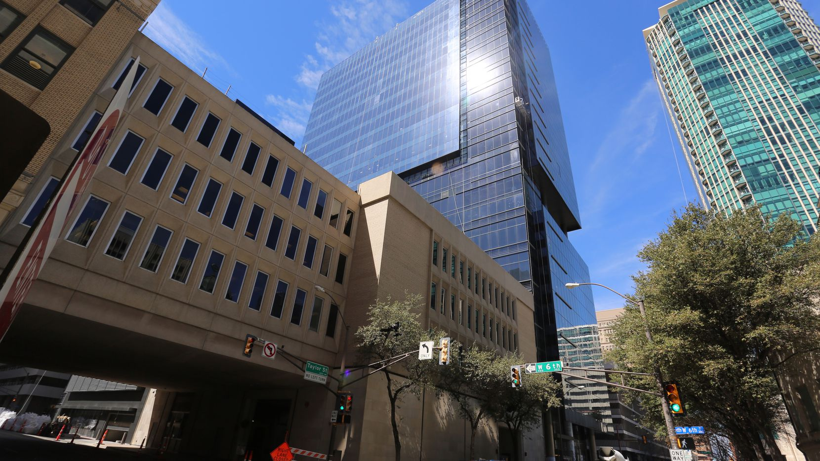 Accounting firm Whitley Penn is taking two floors in the new Frost Tower.