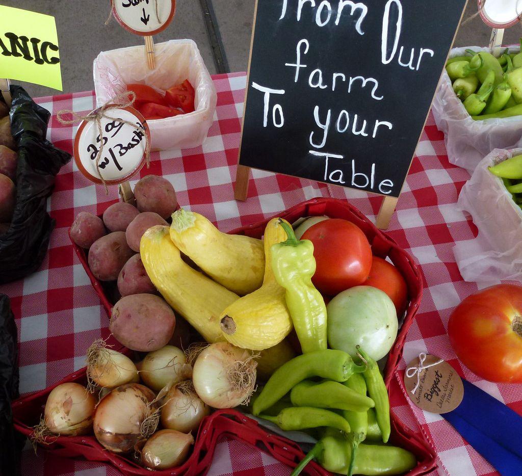 Jenkins Farm brings organic Jacksonville tomatoes to the Dallas Farmers Market.