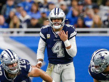 El quarterback de Dallas Cowboys, Dak Prescott (4), completó el 64.8% de sus pases esta campaña.