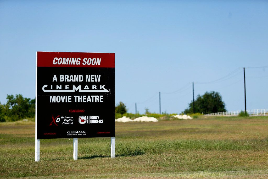 A new Cinemark movie theatre is slated too be built at the intersection of Bush Turnpike and Holford Road in Garland.
