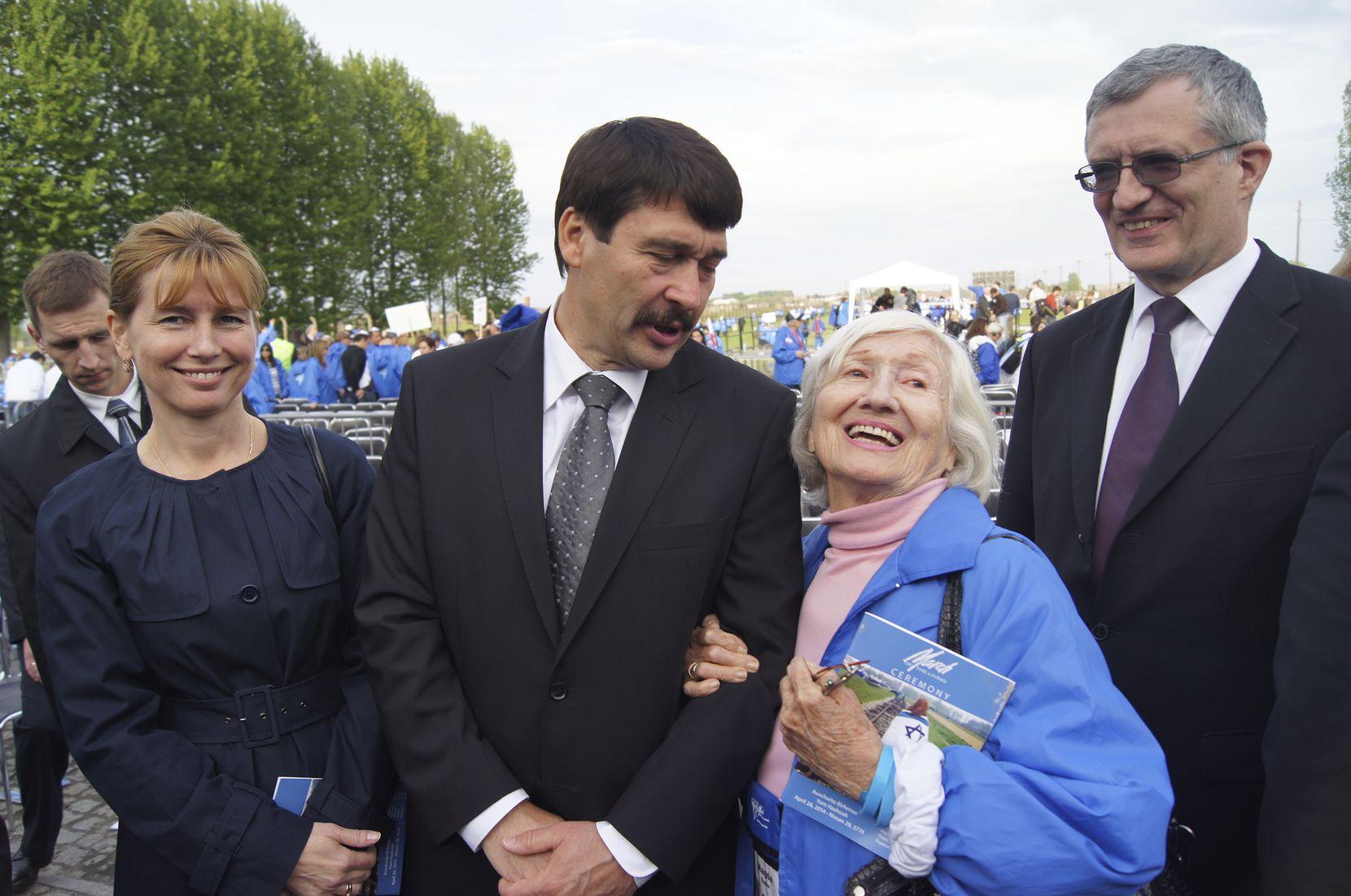 Magda Bader meets Hungarian President Janos Ader.