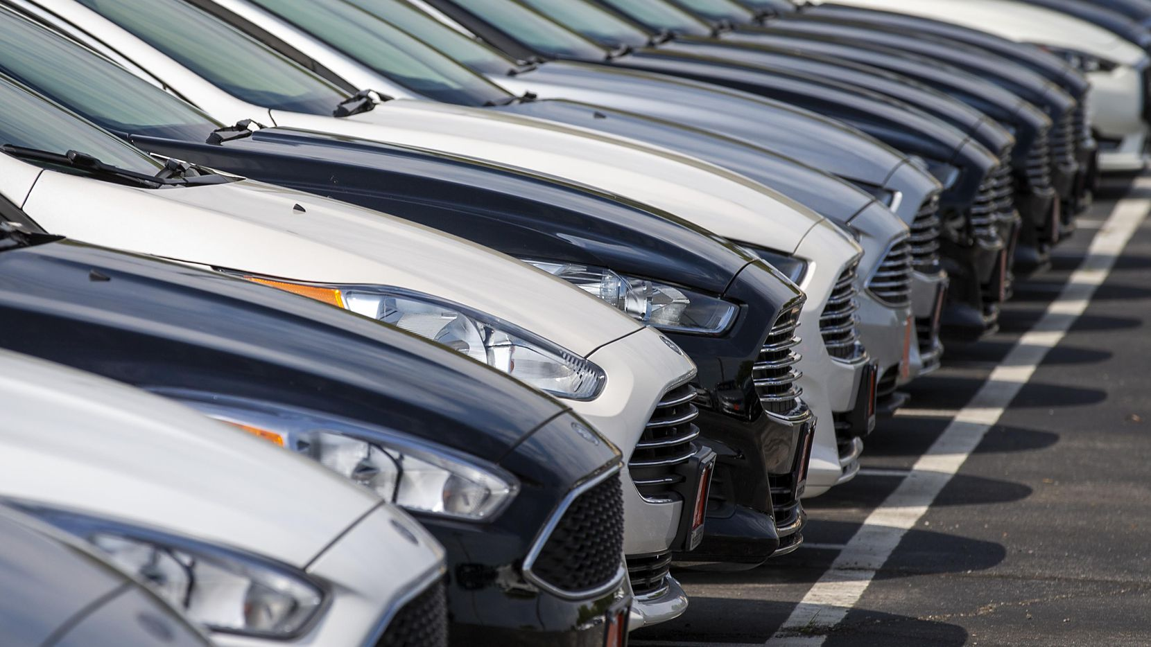 The average car loan in Texas topped $23,000 last year, and a growing share of borrowers are at least 90 days late on payments, according to a recent study by the Dallas Fed.
