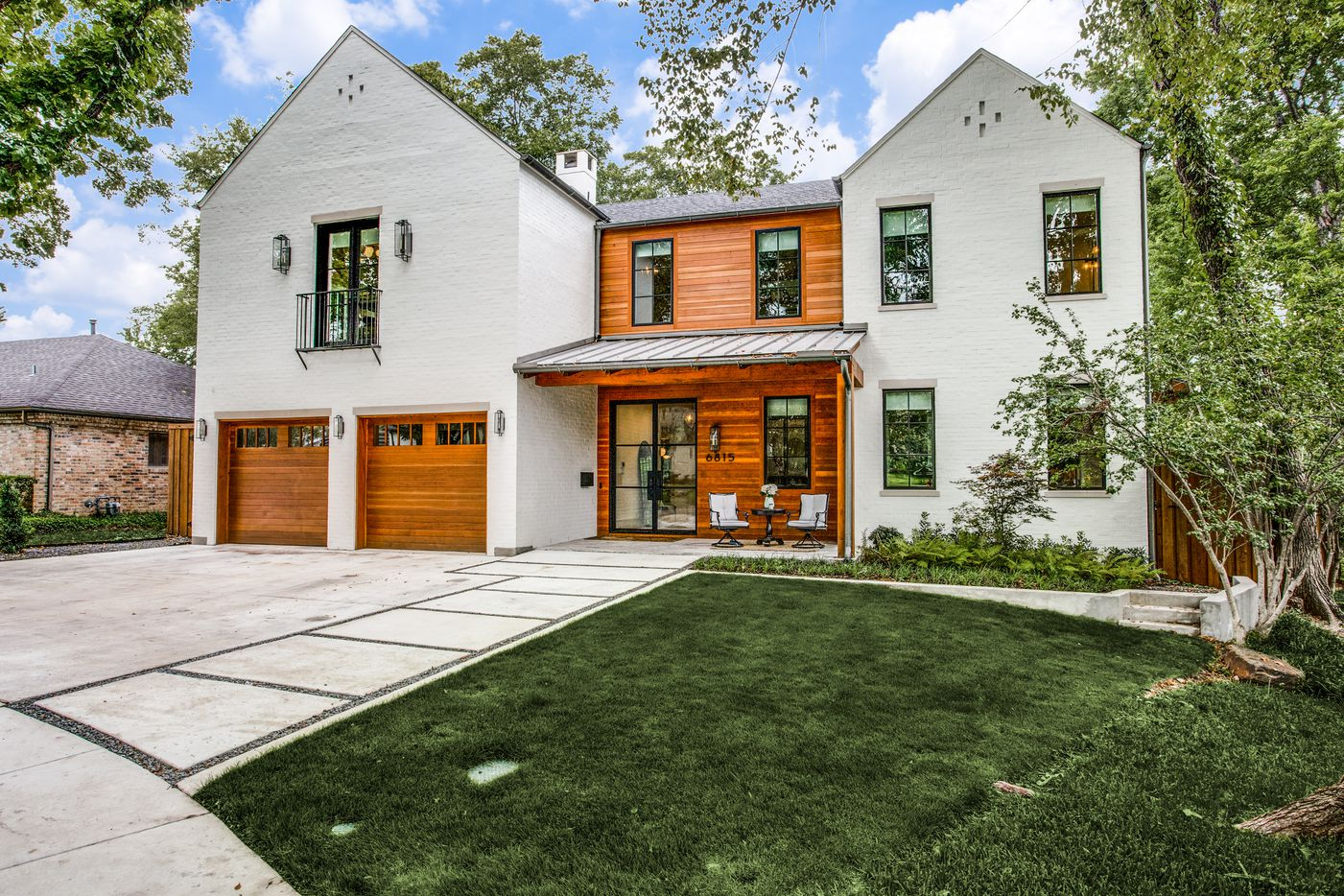 Exterior of 6815 Carolyncrest Drive in Lakewood.