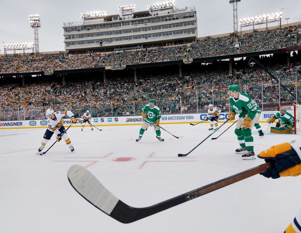 Nashville Predators center Calle Jarnkrok (19) looks to pass against the Dallas Stars during the second period of the NHL Winter Classic hockey game at the Cotton Bowl in Dallas, Wednesday, January 1, 2020. (Tom Fox/The Dallas Morning News)