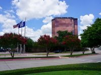 The North Dallas Bank Tower is getting an estimated $9.2 million redesign that's expected to finish in December.