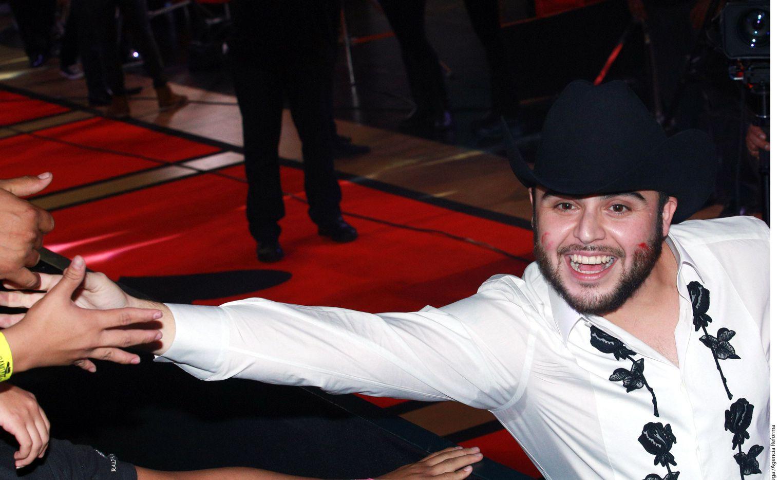 El cantante Gerardo Ortiz toma vacaciones, después de un año difícil bajo el escrutinio público. /AGENCIA REFORMA