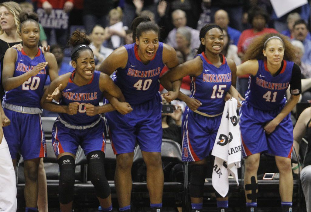 Duncanville's Aniya Thomas (20), Zarielle Green (00), Ciera Johnson (40), Tae Davis (15) and Madison Townley (41) prepare to celebrate winning the UIL Girls Basketball 6A State Championship 76-42 at the Alamodome in San Antonio, Saturday, March 5, 2016. (Stephen Spillman/Special Contributor)