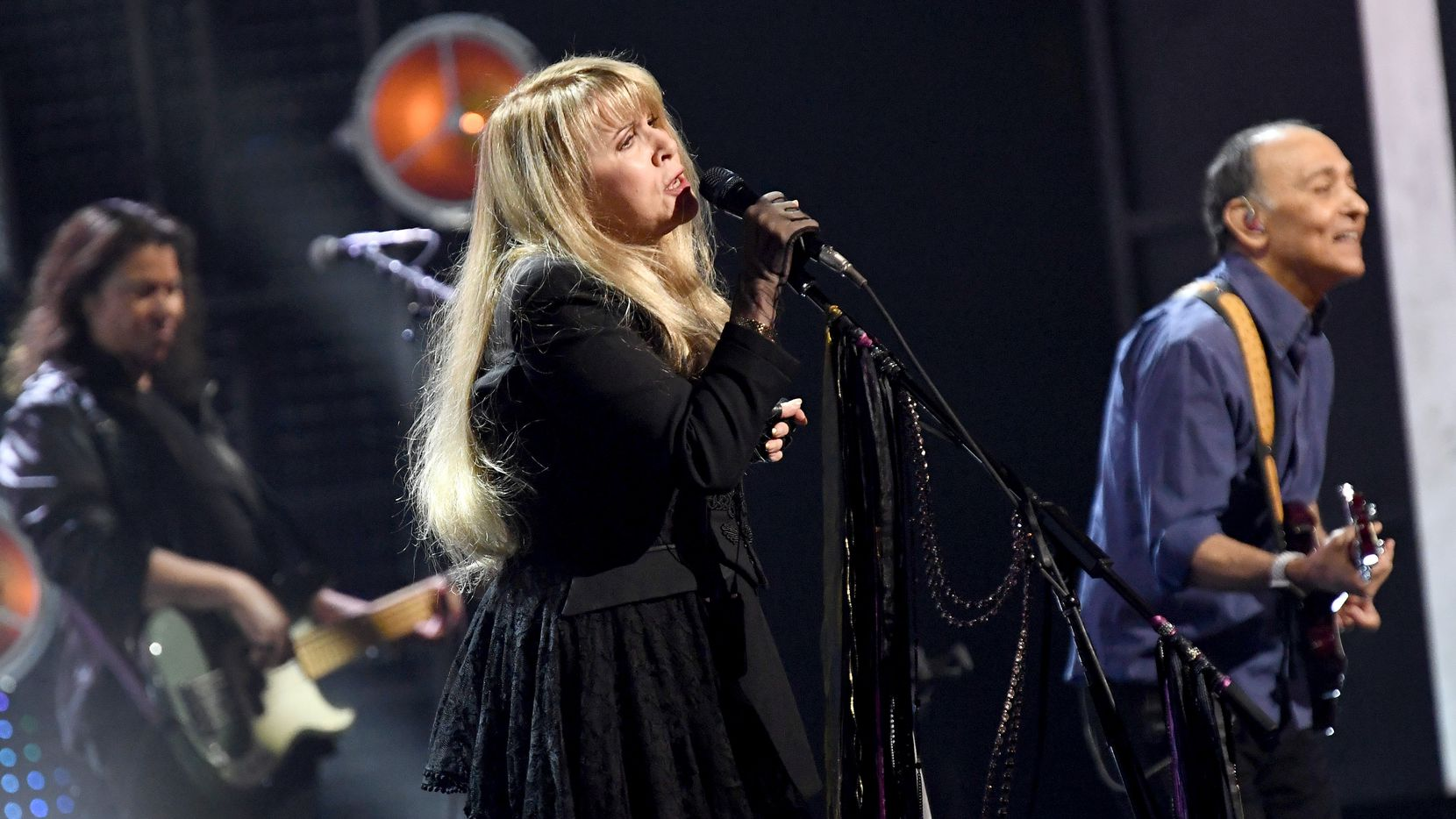 La cantante Stevie Nicks ingresó al Salón de la Fama del Rock & Roll en 2019.