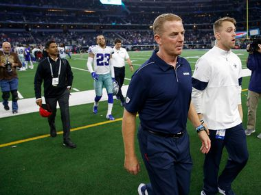 Dallas Cowboys head coach Jason Garrett exits the field after losing to the Buffalo Bills 26-15 at AT&T Stadium in Arlington, Texas on Thursday, November 28, 2019. (Vernon Bryant/The Dallas Morning News)