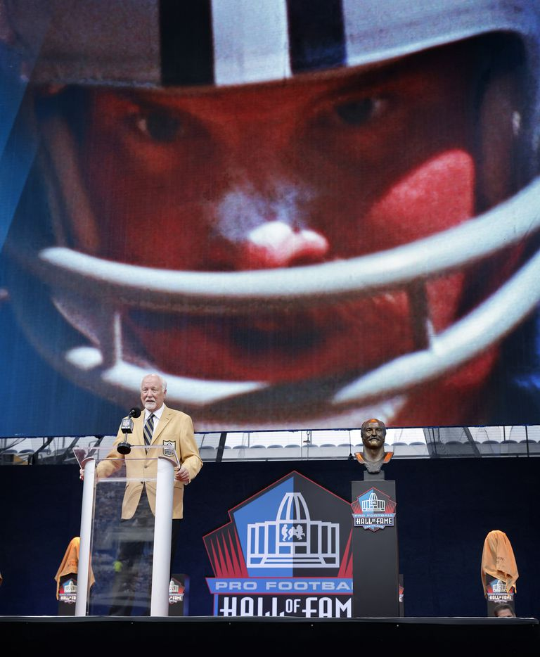 Pro Football Hall of Fame inductee Cliff Harris of the Dallas Cowboys delivers his speech during the Centennial Class of 2020 enshrinement ceremony at Tom Benson Hall of Fame Stadium in Canton, Ohio, Saturday, August 7, 2021. (Tom Fox/The Dallas Morning News)