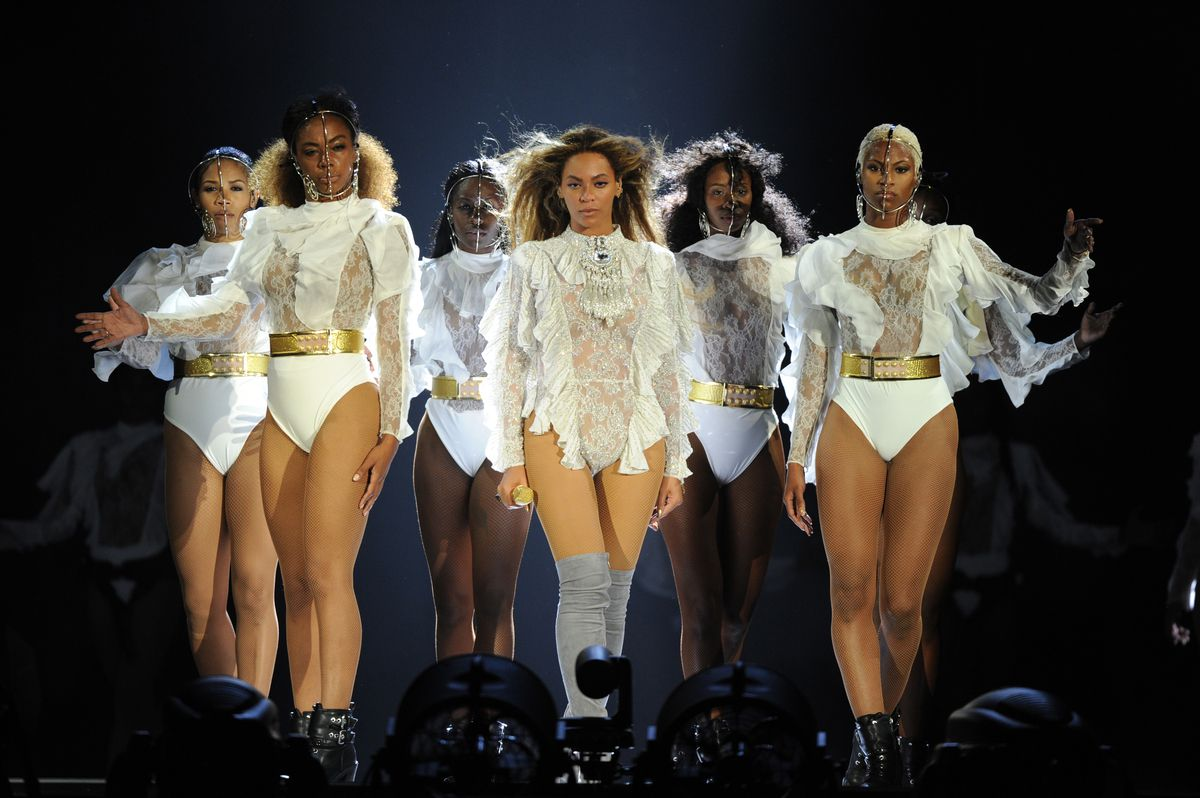 Beyonce, here in Miami, owned the crowd during her performance at AT&T Stadium in Arlington on Monday.