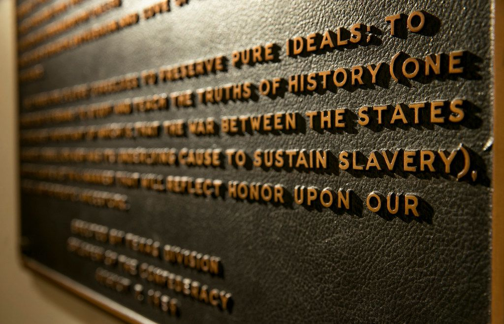 The Children of the Confederacy Creed plaque at the Capitol in Austin, Texas shown in August 2017. On Dec. 3, 2018, Gov. Greg Abbott called a meeting of the State Preservation Board, which could vote to remove and relocate the plaque. (Jay Janner/Austin American-Statesman)